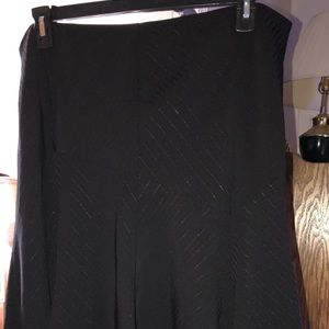 Apostrophe Woman black dress skirt